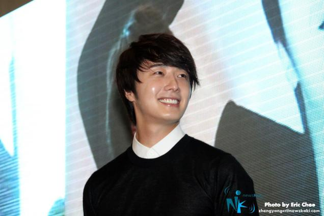 2012 9 23 Jung II-woo in Holika Holika's Fan Meet in Malaysia 00011