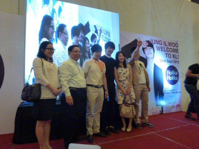 2012 9 23 Jung II-woo in Holika Holika's Fan Meet in Malaysia 00047