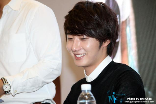 2012 9 23 Jung II-woo in Holika Holika's Fan Meet in Malaysia 00051