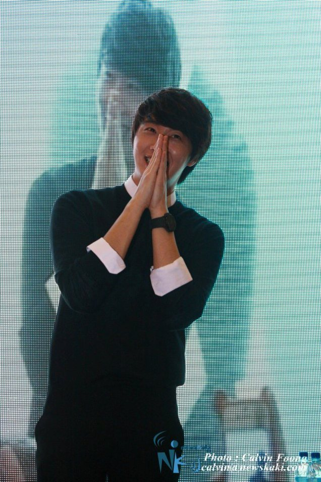 2012 9 23 Jung II-woo in Holika Holika's Fan Meet in Malaysia 00124