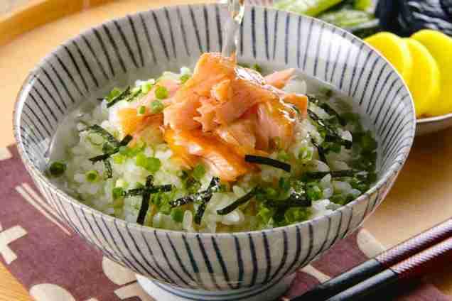 Salmon-Ochazuke_MIXA_Getty_Images-d0dbece1.jpg