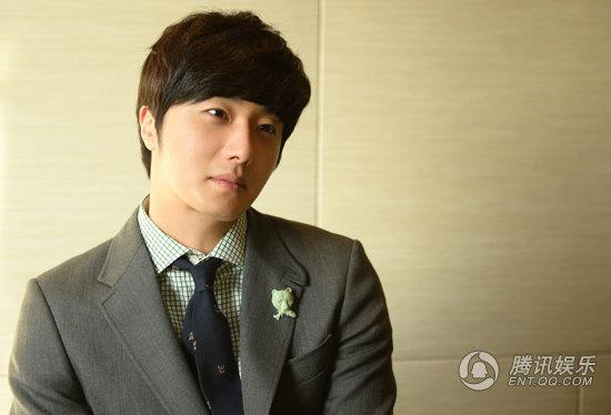 2013 1 5 Jung II-woo in an interview from QQ in China 00001