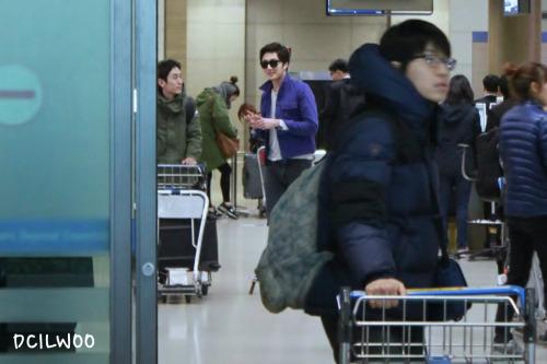 2013 2 22 Jung II-woo in Holika Holika Event in Myanmar (Airport Arriving back in Seoul) 00005