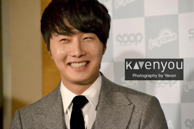 Jung II-woo at Taiwan's Press Conference 12 7 201200006