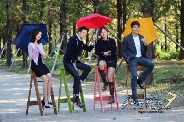 2013 10 Jung II-woo Golden Rainbow Poster Shoot Behind the Scenes Cr. MBC, Cupitter00016
