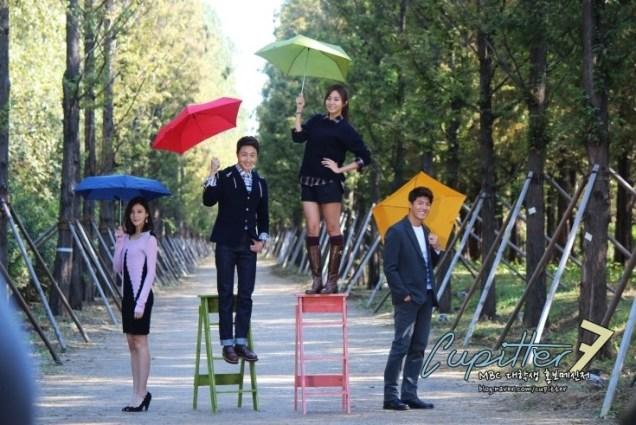 2013 10 Jung II-woo Golden Rainbow Poster Shoot Behind the Scenes Cr. MBC, Cupitter00019