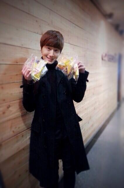 2014 02  Jung II-woo in photos he posted in various social media accounts. 15.jpg