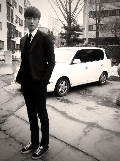 2014 02  Jung II-woo in photos he posted in various social media accounts. 19.jpg