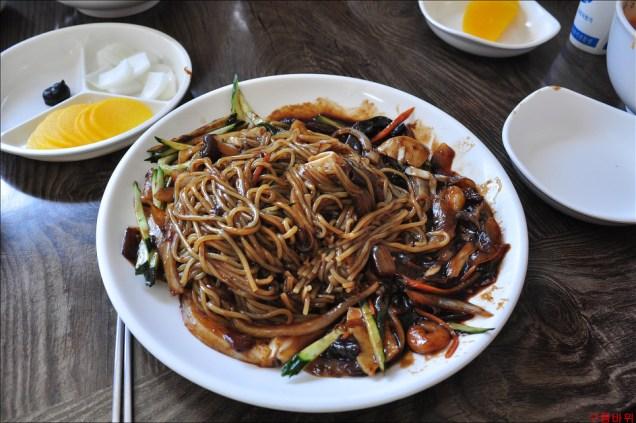 Chajang Noodles.jpg