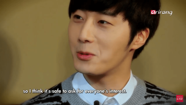 Jung II-woo in interview for Arirang TV. March 2014 5
