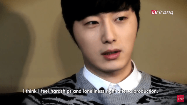 Jung II-woo in interview for Arirang TV. March 2014 7