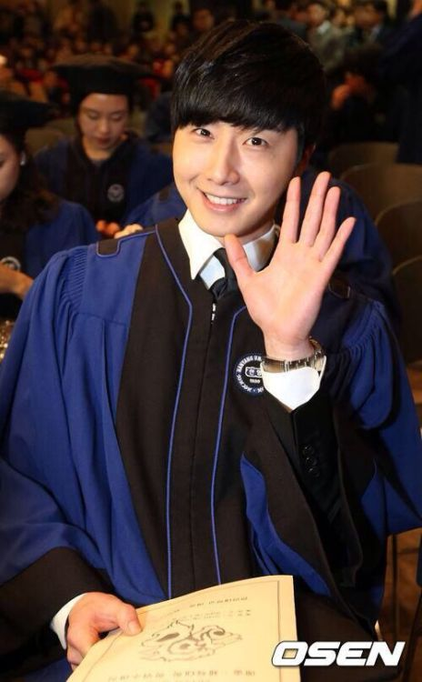 Jung II-woo's Graduation Hanyang University 2014 2 20 3