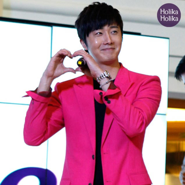 2014 5 27 Jung II-woo in Greet and Meet Holika Holika Greet and Meet 4
