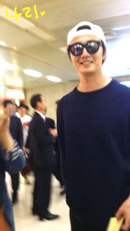 2014 6 11 Jung II-woo Japan Airport Departure 3