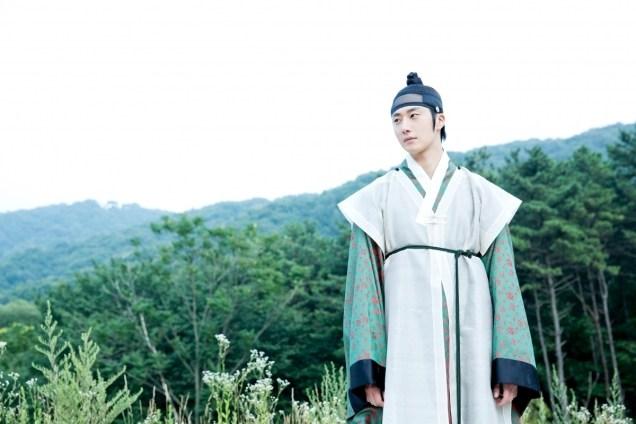 2014 7 29 Jung II-woo as Lee Rin, First Good Look 2