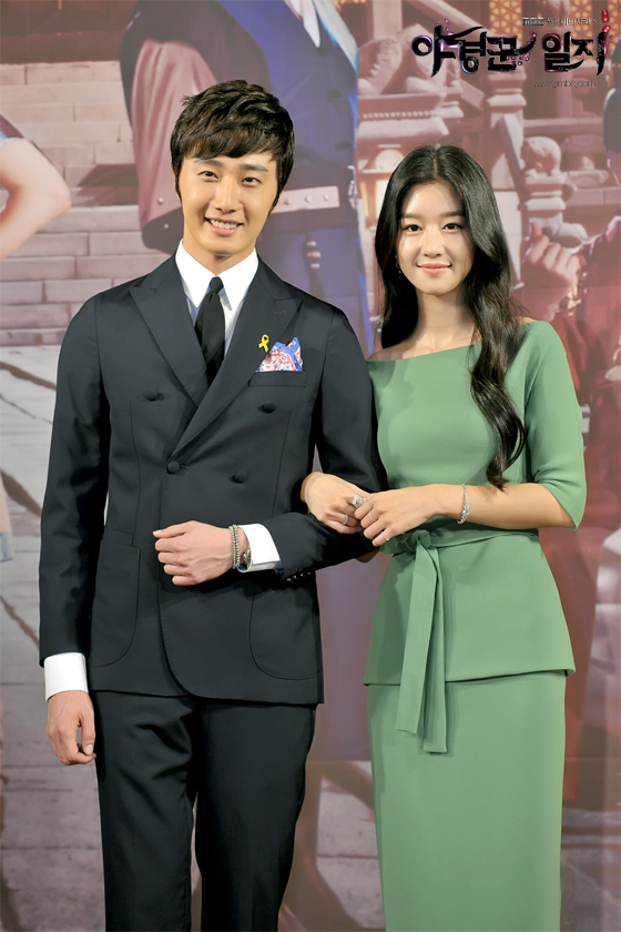 2014 7 29 Night Watchman's Press Conference Extras 2