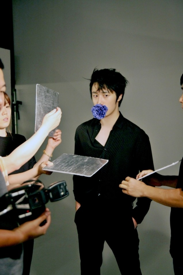 2014 7 Jung Il-woo BTS of THe Clebrity Magazine Photo Shoot. 3