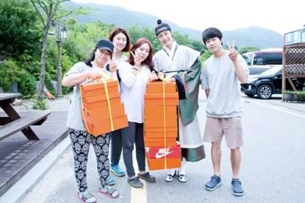 "2014 8 5 Jung II-woo ""here comes Prince Lee Rin"" Cr. Starcast 32.jpg"