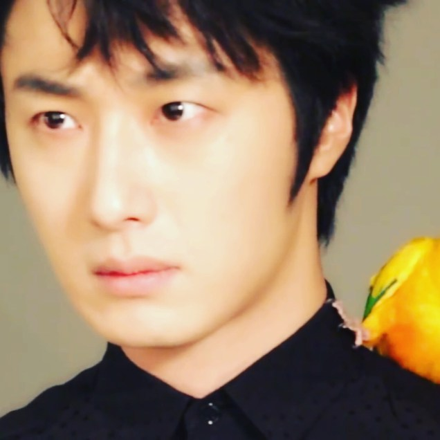 Jung Il-woo for Celebrity Magazine. July 2014. 00022