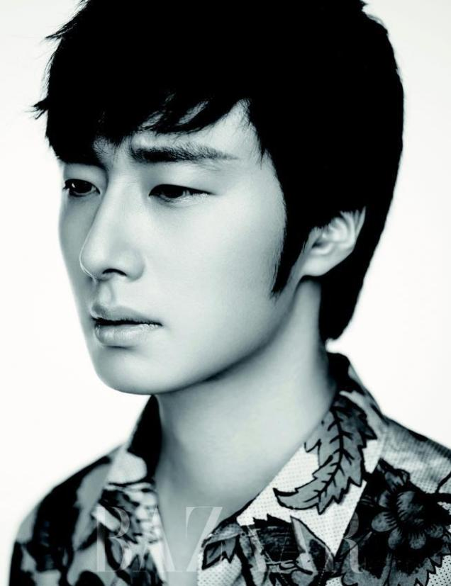 2014 8 Jung Il-woo for Harper's Bazaar Magazine 1