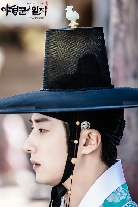 2014 9 Jung II-woo in Night Watchman's Journal Episode 10 BTS Cr.MBC 9