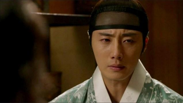2014 9 Jung II-woo in Night Watchman's Journal Episode 12 Cr.MBC 15