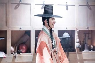 2014 9 The Night Watchman's Journal Episode 15 BTS . Cr. jungilwoo.com10