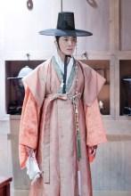 2014 9 The Night Watchman's Journal Episode 15 BTS . Cr. jungilwoo.com4