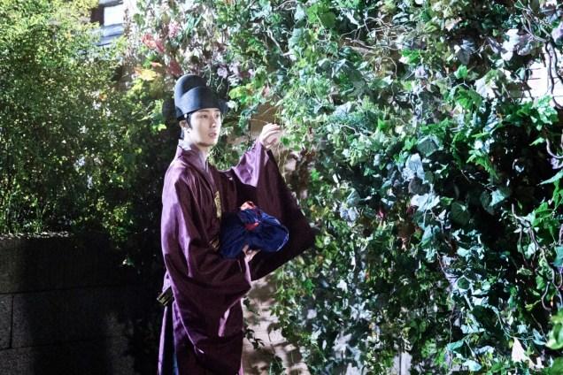 Jung II-woo in the Night Watchman's Journal Episode 5 BTS Cr. MBC 14