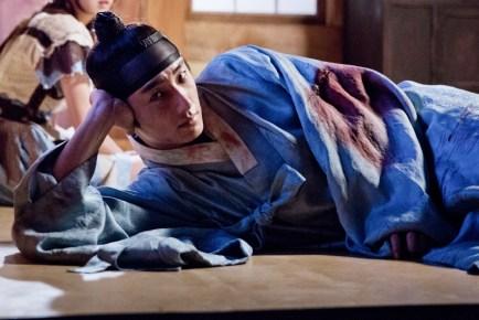 Jung II-woo in the Night Watchman's Journal Episode 6 BTS Cr. MBC 31