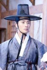 Jung II-woo in the Night Watchman's Journal Episode 8 BTS Part 2 Cr. jungilwoo.com 4