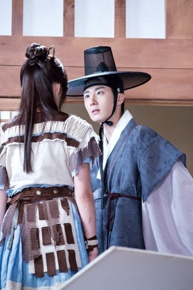 Jung II-woo in the Night Watchman's Journal Episode 8 BTS Part 2 Cr. jungilwoo.com 5