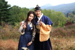 2014 10 21 Jung Il-woo on his last day of filming The Night Watchman's Journal. 2