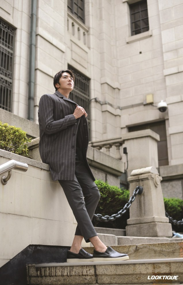 2014 10 31 Jung Il-woo in Looktique Magazine 4