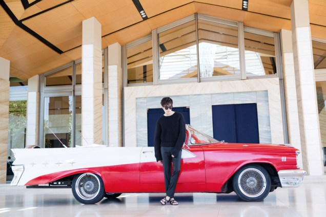 2014 10:11 Jung Il-woo in Bali for BNT International Part 1: Cars 19