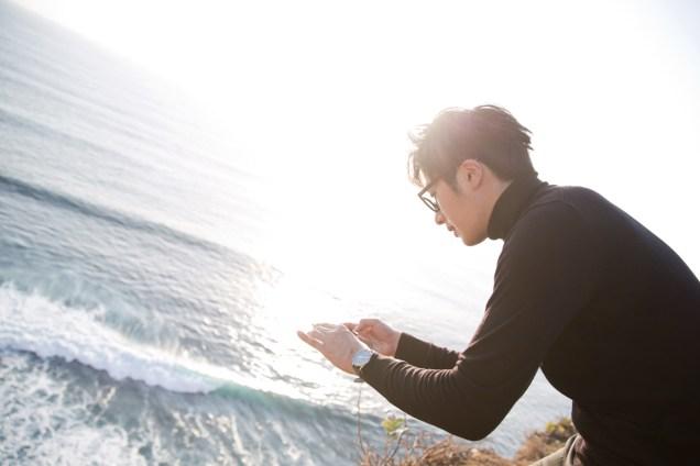 2014 10:11 Jung Il-woo in Bali for BNT International Part 3: ACliffy Black Turtleneck .jpg7