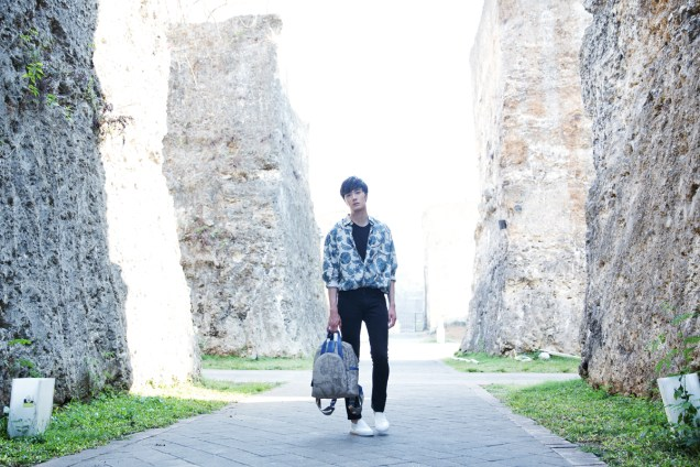 2014 10:11 Jung Il-woo in Bali for BNT International Part 3: Cliffy Goodness Cr.BNT International 16