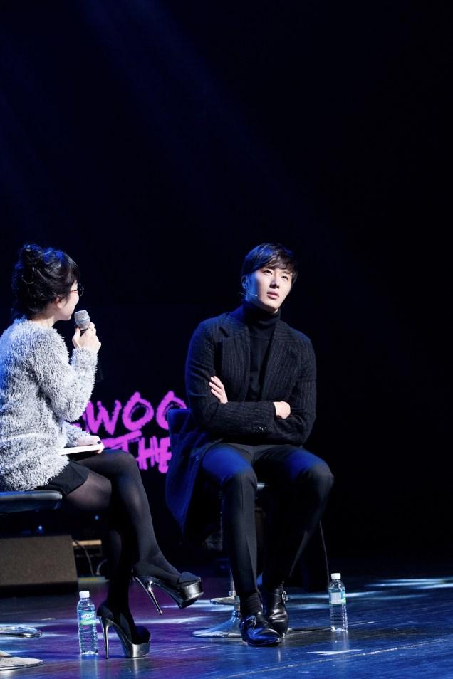 2014 11 22 Jung II-woo in his Fourth Korean Fan Meet. Cr.jungilwoo.com 29
