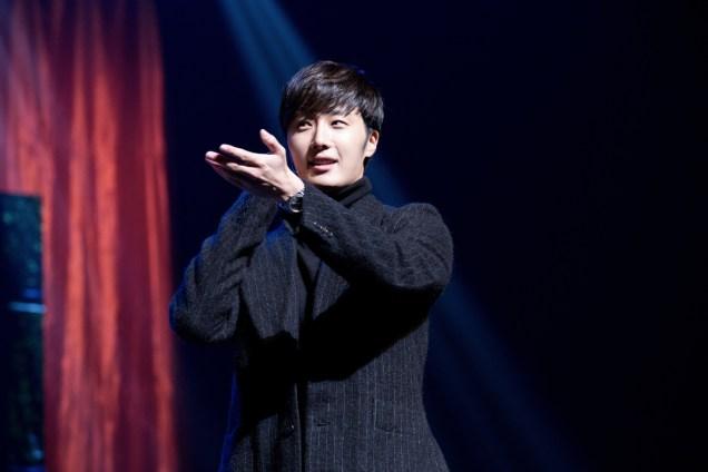 2014 11 22 Jung II-woo in his Fourth Korean Fan Meet. Cr.jungilwoo.com 38.jpg