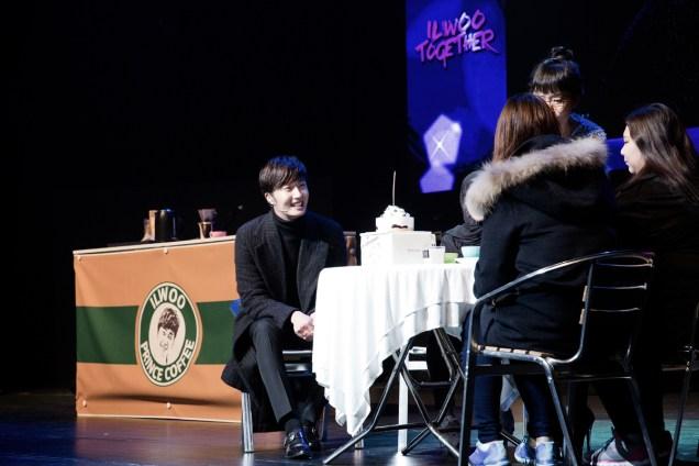 2014 11 22 Jung II-woo in his Fourth Korean Fan Meet. Cr.jungilwoo.com 46