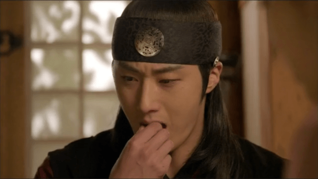 2014 11 Jung II-woo in The Night Watchman's Journal Episode 22 43