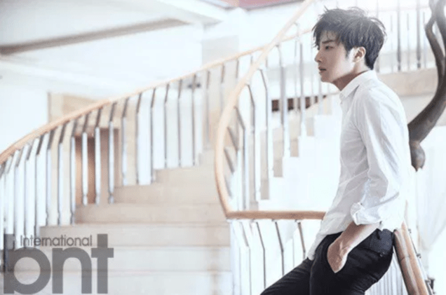 2014 11 Jung Il-woo in Bali Photo Shoot for BNT International. More with Logo 18.png