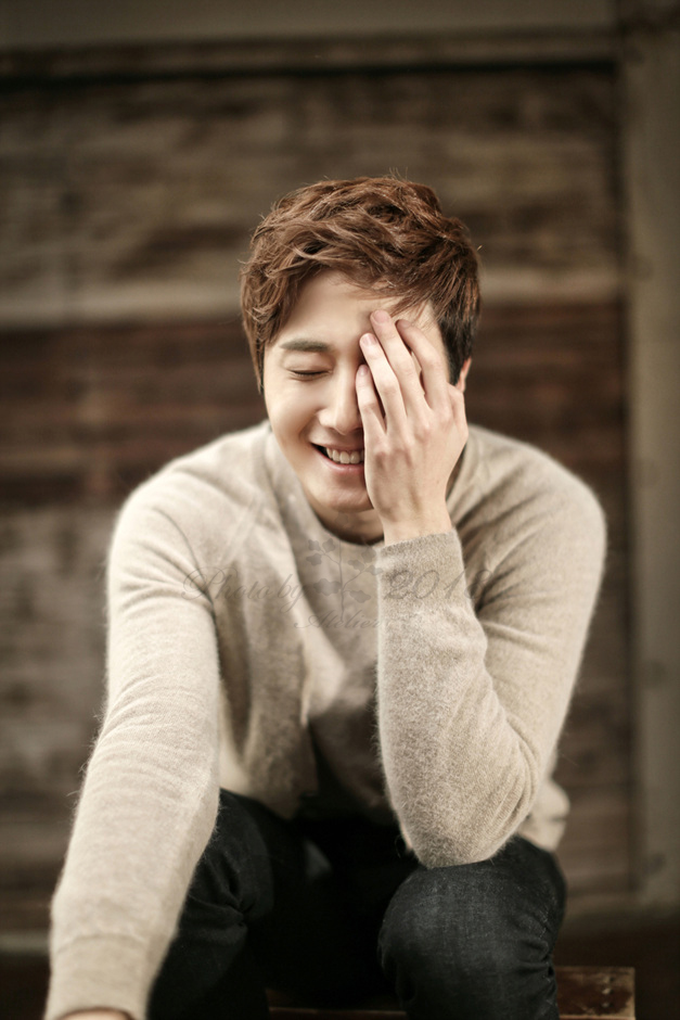 2014 12 21 Jung Il-woo in a Atelier2018 Photo Shoot 11