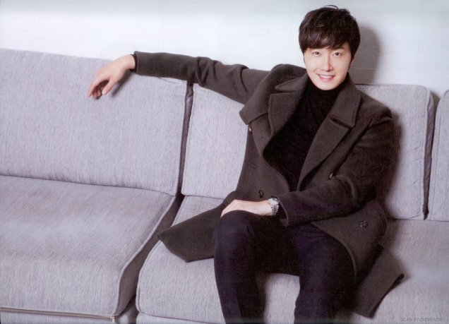 2014 Jung Il-woo in Riveriver Magazine Vol.05 6