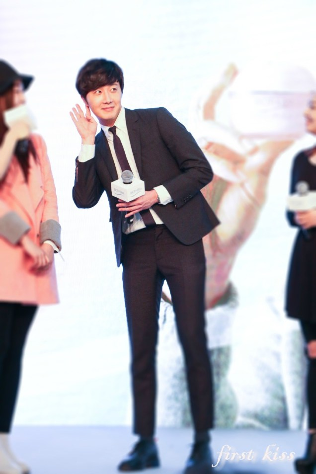 2015 3 20 Jung Il-woo at a Biotherm Event in Beijing, China. 42