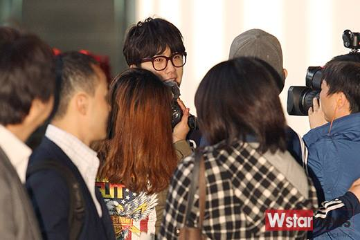 2015 4 25 Jung Il-woo in his Fan Meeting Rainbo-Woo in Tokyo, Japan. Arriving at the airport. 8