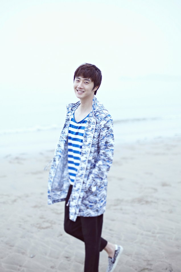 2015 4 Jung Il woo in a Blue Green Photo Shoot clearer than a blue sky. 17