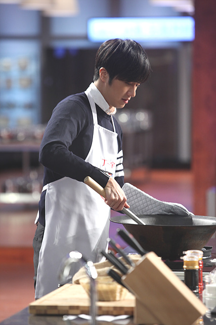 2015 4 Jung Il-woo in Star Chef Episode 1 1
