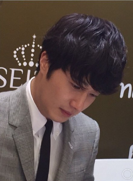 2015 5 19 Jung Il Woo attends the '2015 China Shanghai Cosmetics and Beauty Expo' 24