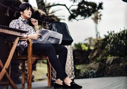 2015 5 Jung Il-woo in Kwave Magazine 2.jpg